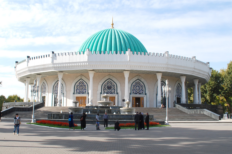 CLASSICAL STAY IN TASHKENT